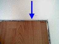 wellen und w lbungen im laminat die. Black Bedroom Furniture Sets. Home Design Ideas