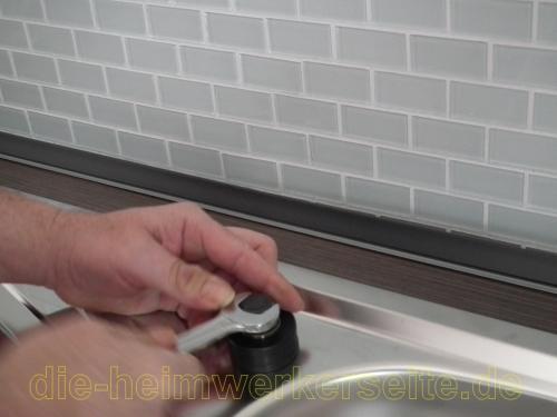 Spulbecken in arbeitsplatte einbauen mobel design idee for Küchenspülbecken